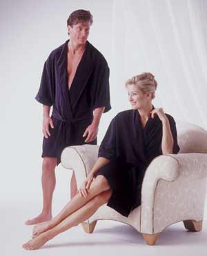 High Comfort Plastic Surgery Pre-Op/Consultation Robe (Unisex) (Rainey)