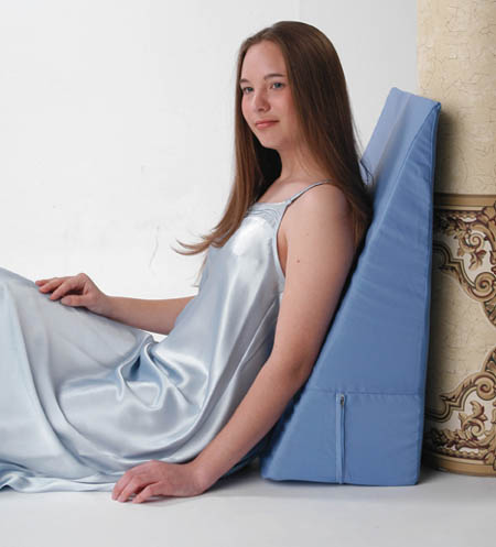 Convoluted Bed Wedge Pillow (w/pillow cover)