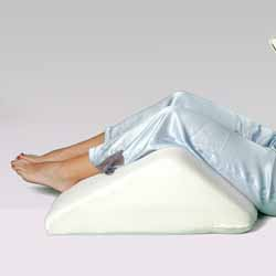 Deluxe Memory Foam Rounded Sloped Knee Lift Pillow