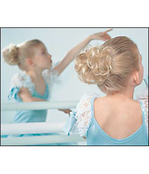 Curls - Small Clip Jaw Clip Wig by Look of Love