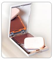 Makari Wet and Dry Compact Powder