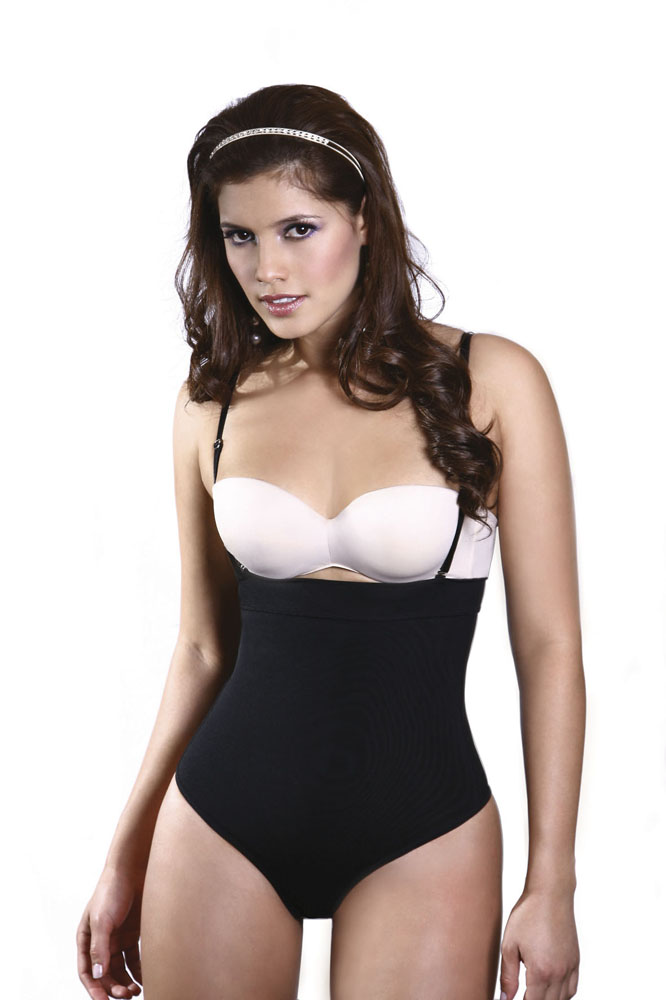 Vedette Danette Medium Control Black Body Suit w/ Removable Straps & Thong