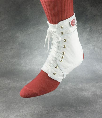 Swede-O Ankle Lok  Medium w/ Stabilizers  White