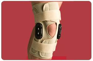 Thermoskin Hinged Knee Wrap Flexion/Extension  Medium