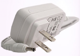NutraLuxe Travel Charger