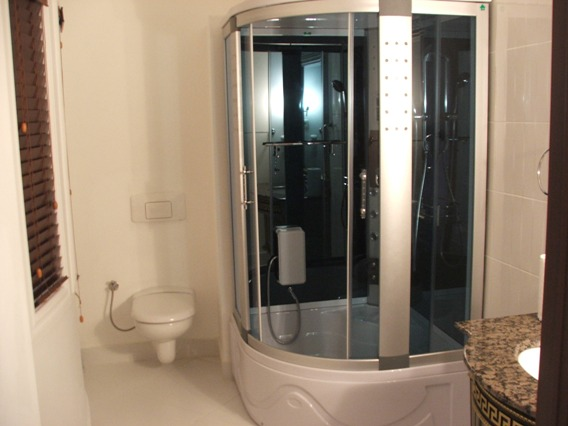 Our on-suite bathroom in the hospital!